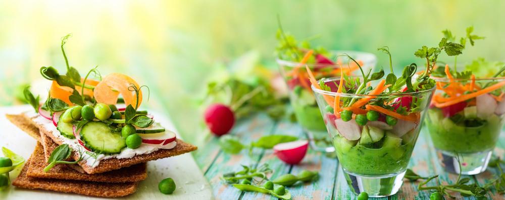 Gesund essen hilft dir als Rheuma Optimist, deine Krankheit langfristig in den Griff zu bekommmen (Foto-Copyright: Fotolia / sarsmis)