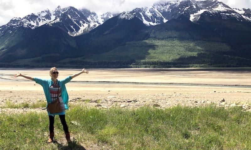 Lisa von Rheuma Optimist hat sich ihre positive Lebenseinstellung trotz der Diagnose Rheuma erhalten (Foto Copyright: Lisa Feldmann).