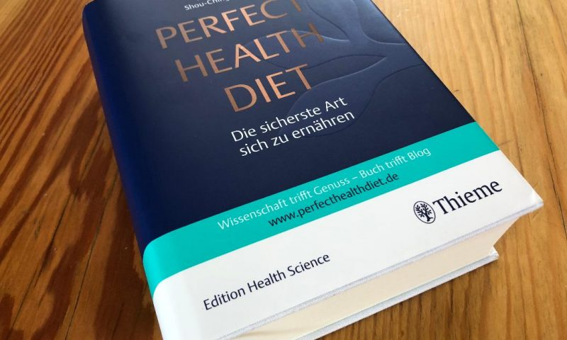 Rheuma Optimist hat die Perfect Health Diet getestet. Der Ratgeber ist im Thieme Verlag erschienen.